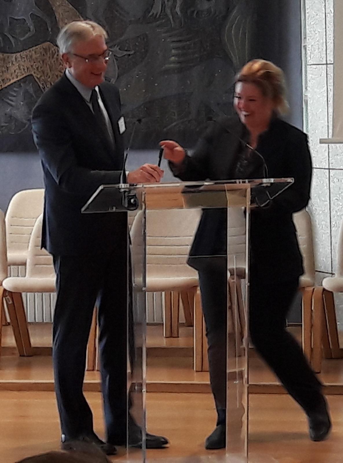 Fatma Kort et Vincent Sivré scellent un partenariat entre le l'UMCC et le SJFu